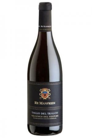 Una bottiglia di Aglianico del Vulture Taglio del Tralcio Re Manfredi al Ristorante Mangio Roma
