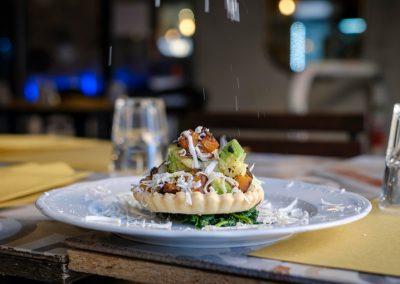 un piatto con Tortellata salata di Ristorante Mangio Roma